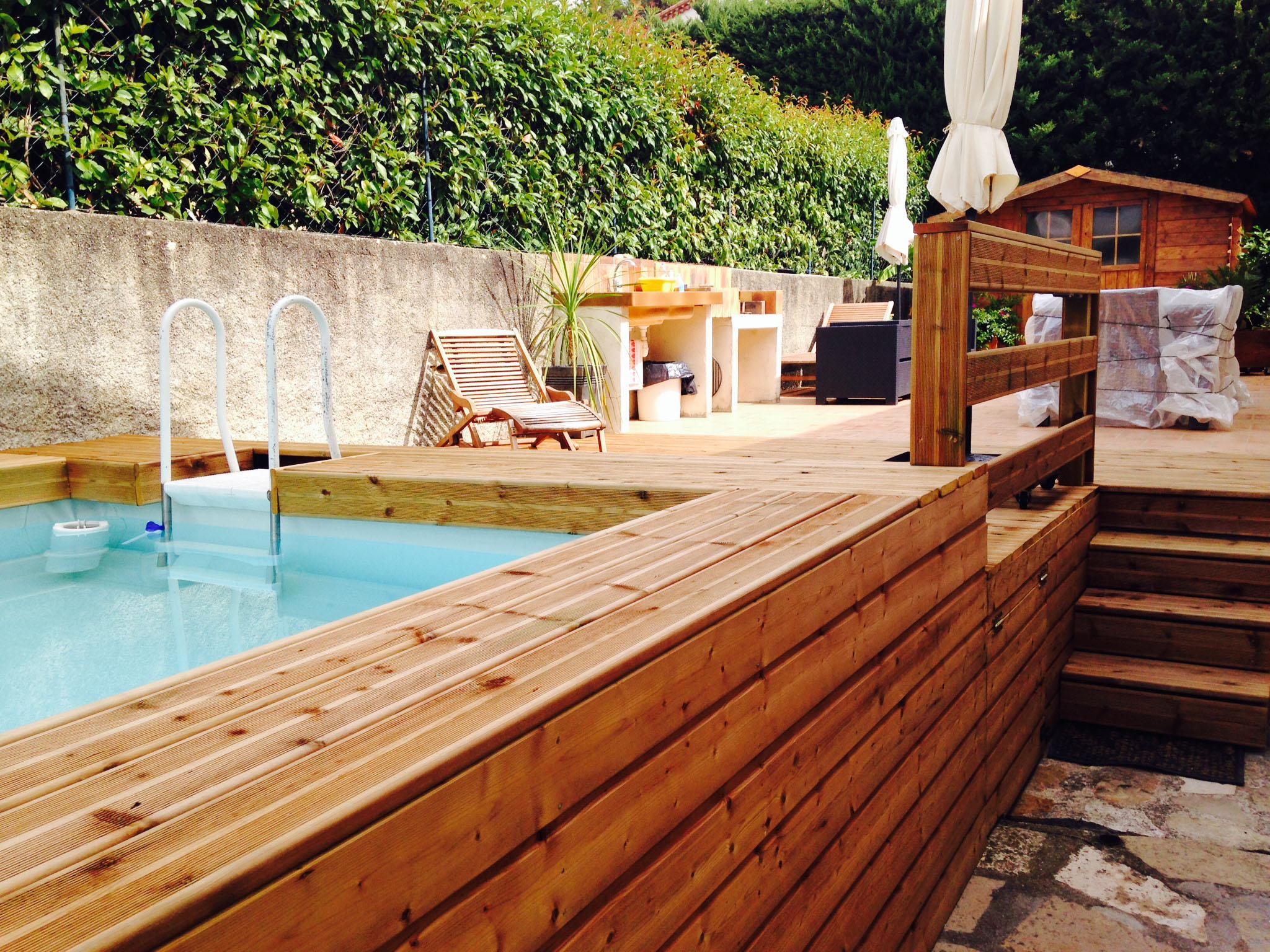 comment habiller ma piscine laghetto tubulaire. Black Bedroom Furniture Sets. Home Design Ideas